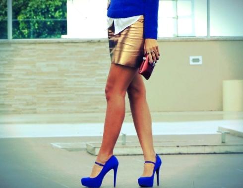 Look-do-dia-com-blusa-e-sapato-azul-royal-05